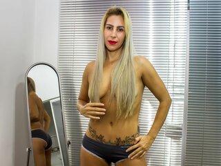 NicoleMoncada live